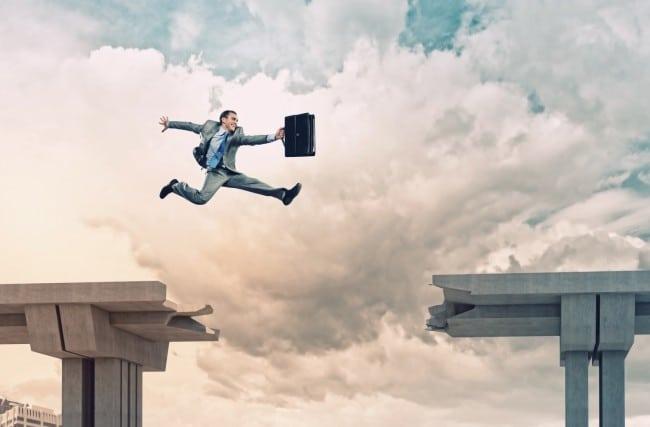 Pule a crise na sua gestão com monitoramento de funcionários externos