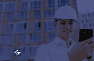 Os prós e contras de utilizar o aparelho do seu funcionário para uso de app de gestão de equipes externas.
